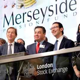 Group of people at London Stock Exchange